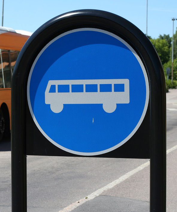 bus_sign_at_bus_stop